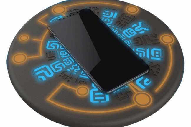 regisbox-sheikah-slate-zelda-themed-wireless-phone-charging-pad