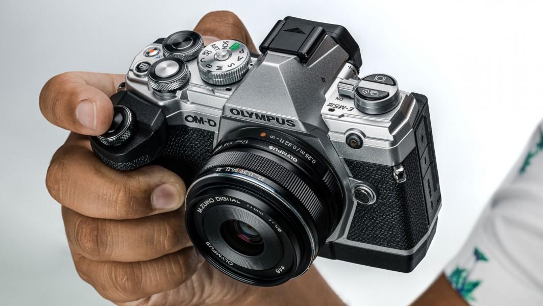 olympus-om-d-e-m5-mark-iii-camera-2