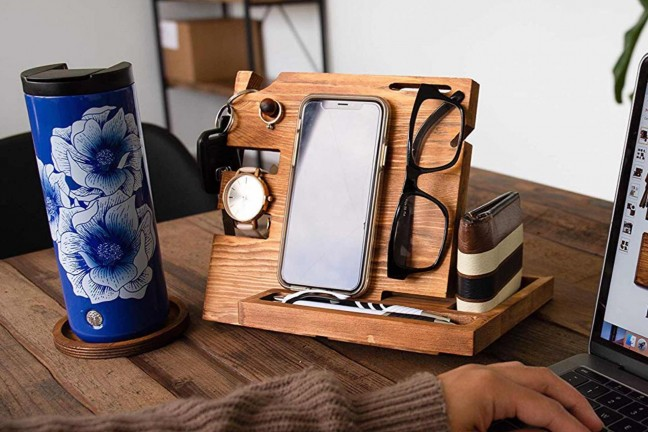 peraco-wooden-docking-station-nightstand-organizer