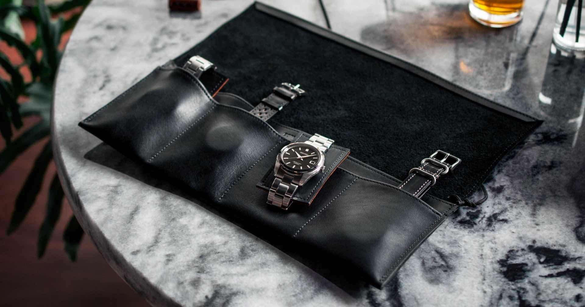 convoy-co-italian-leather-watch-rolls-black-1
