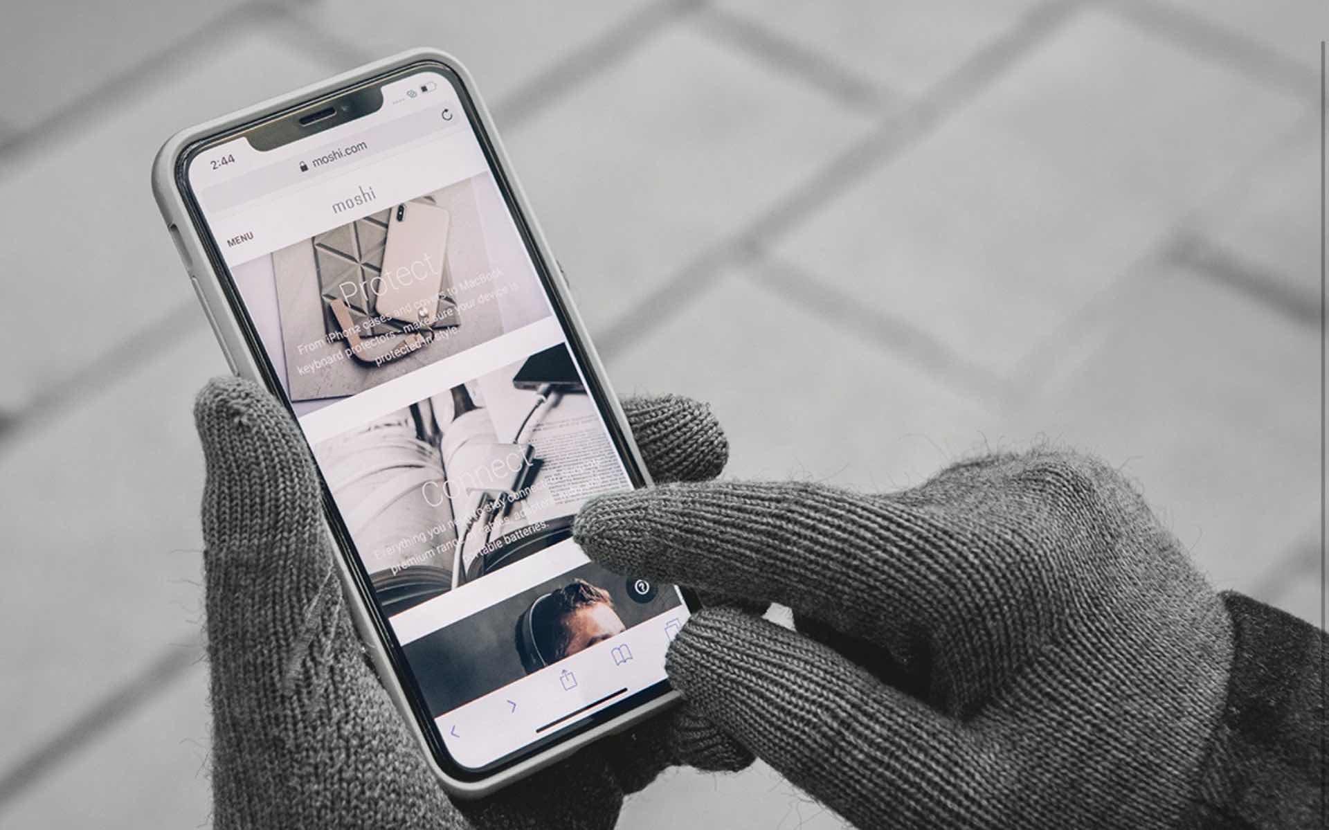 moshi-digits-touchscreen-gloves-3