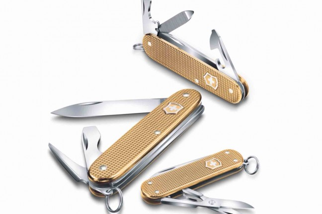 victorinox-2019-limited-edition-alox-swiss-army-knives