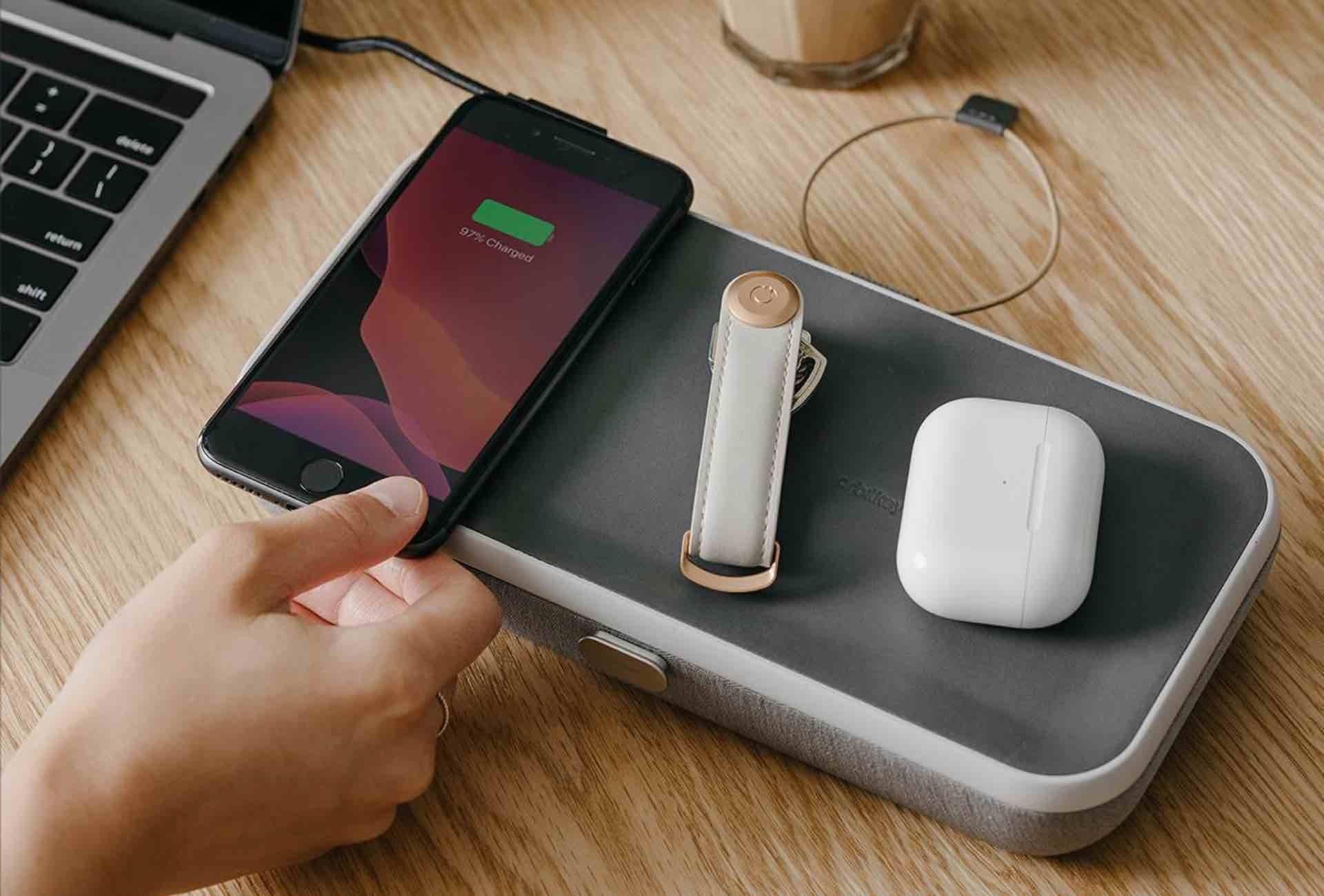 orbitkey-nest-desk-organizer-wireless-charger