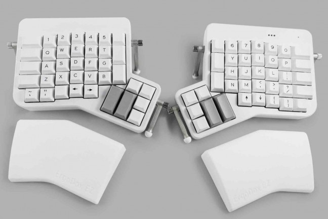 ergodox-ez-split-mechanical-keyboard
