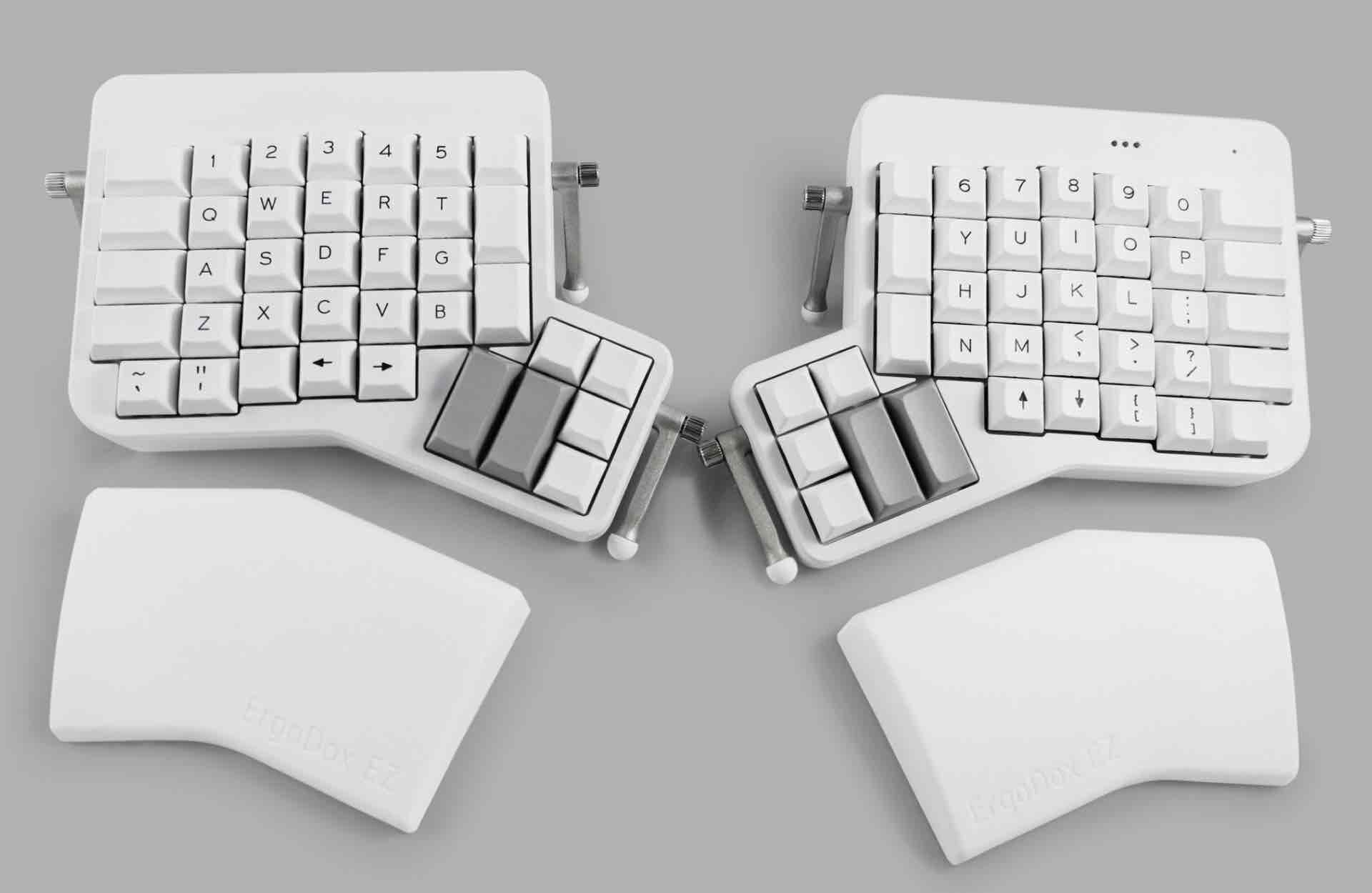 ergodox-ez-split-mechanical-keyboard