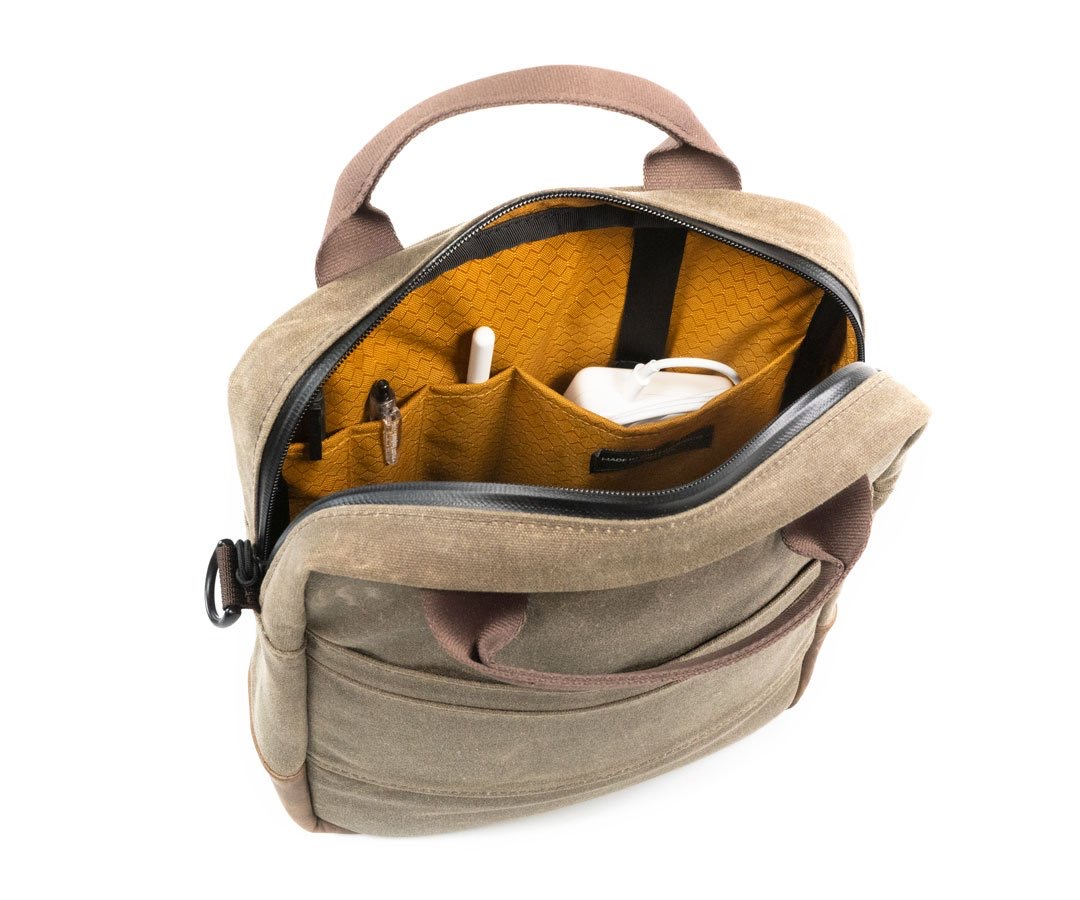 waterfield-designs-hitch-crossbody-laptop-brief-open-2