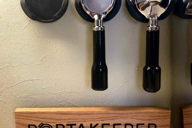 portakeeper-wall-mounted-portafilter-rack