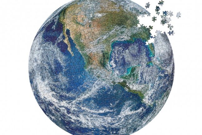 the-earth-jigsaw-puzzle-by-four-point-puzzles