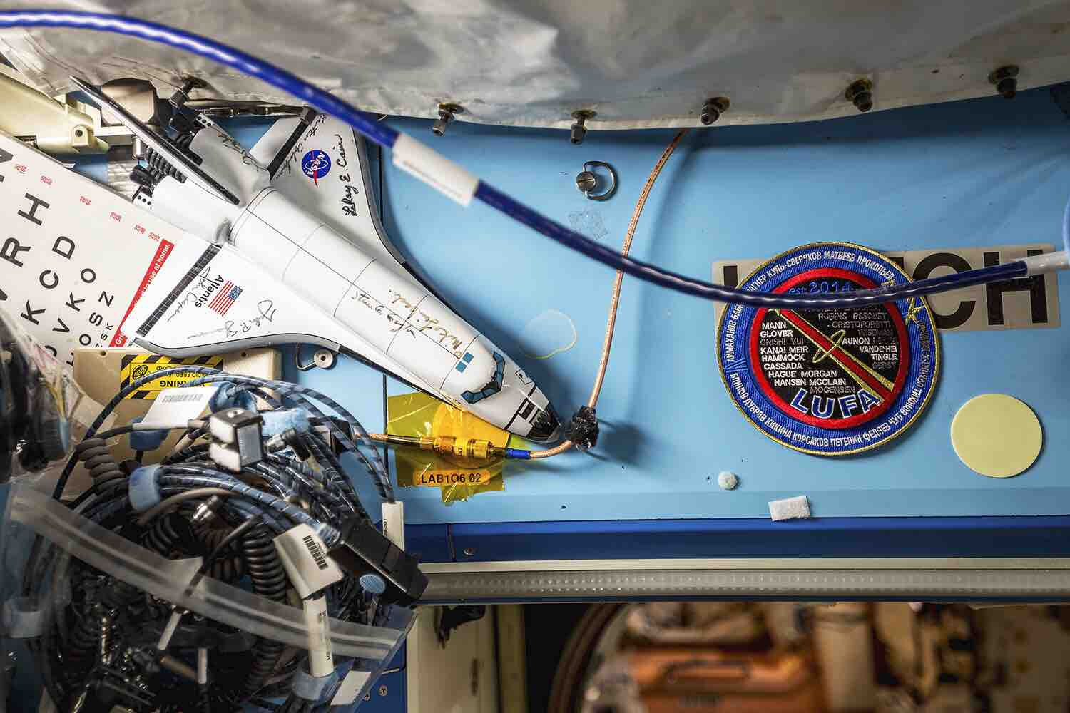 interior-space-by-roland-miller-and-paolo-nespoli-5