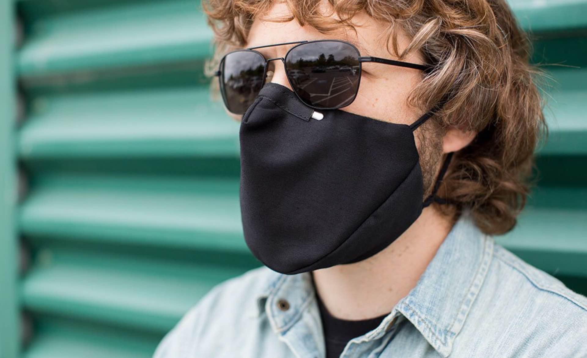 tom-bihn-v3-three-layer-cloth-face-mask-black