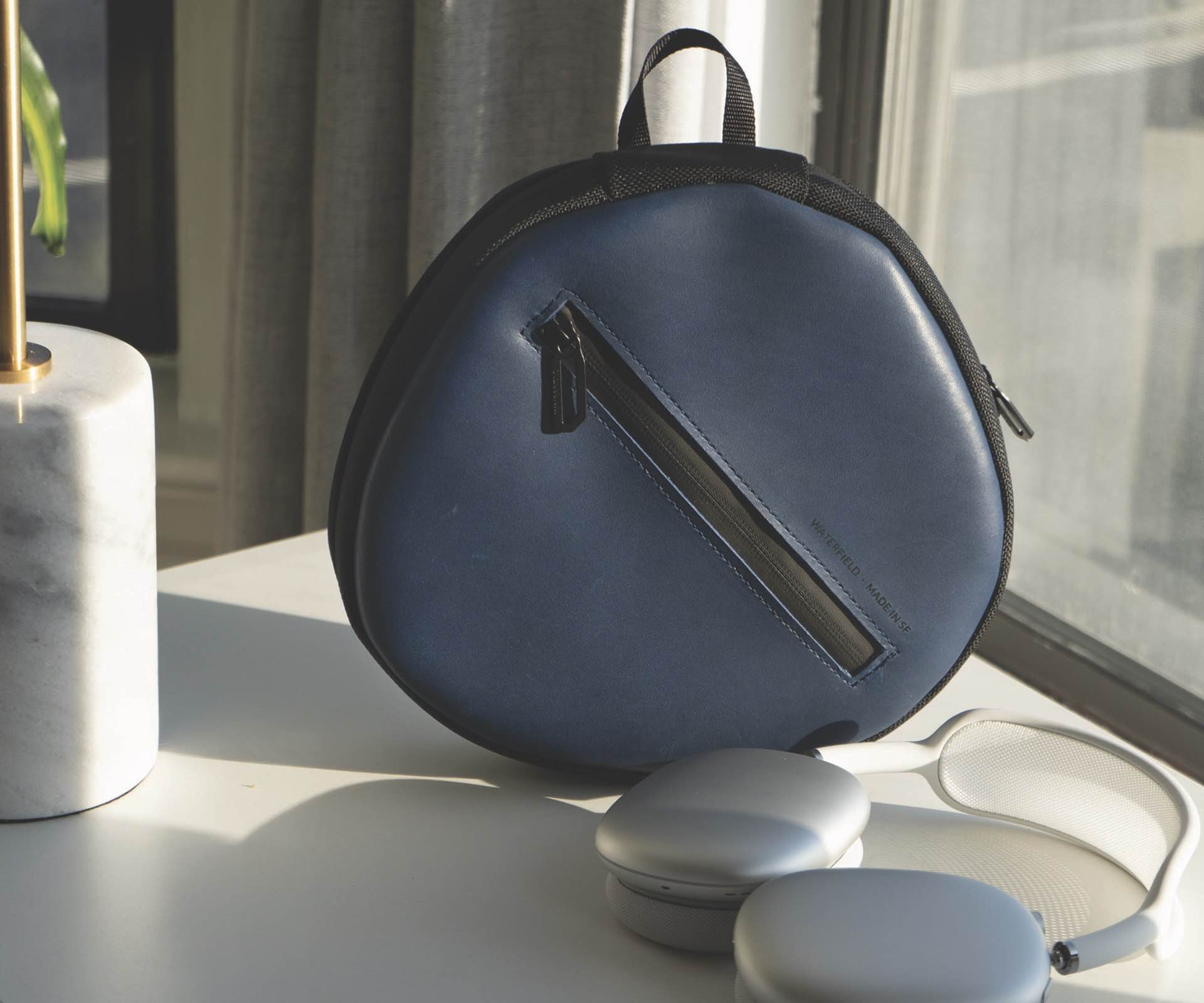 waterfield-designs-shield-case-for-airpods-max