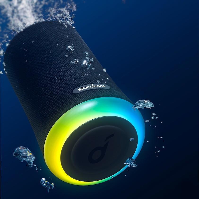 anker-soundcore-flare-mini-portable-waterproof-bluetooth-speaker-underwater