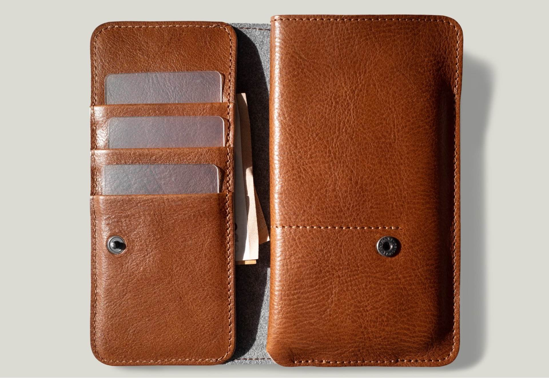 hard-graft-mighty-wild-case-wallet-for-iphone-12