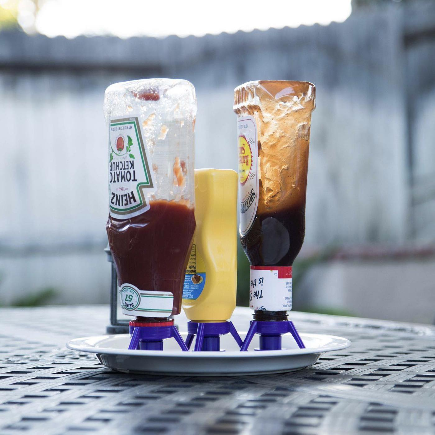 flip-it-bottle-emptying-kits-condiments