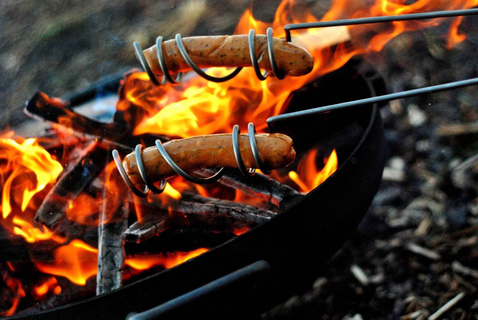 curly-dog-roasters-curly-hot-dog-roasting-sticks