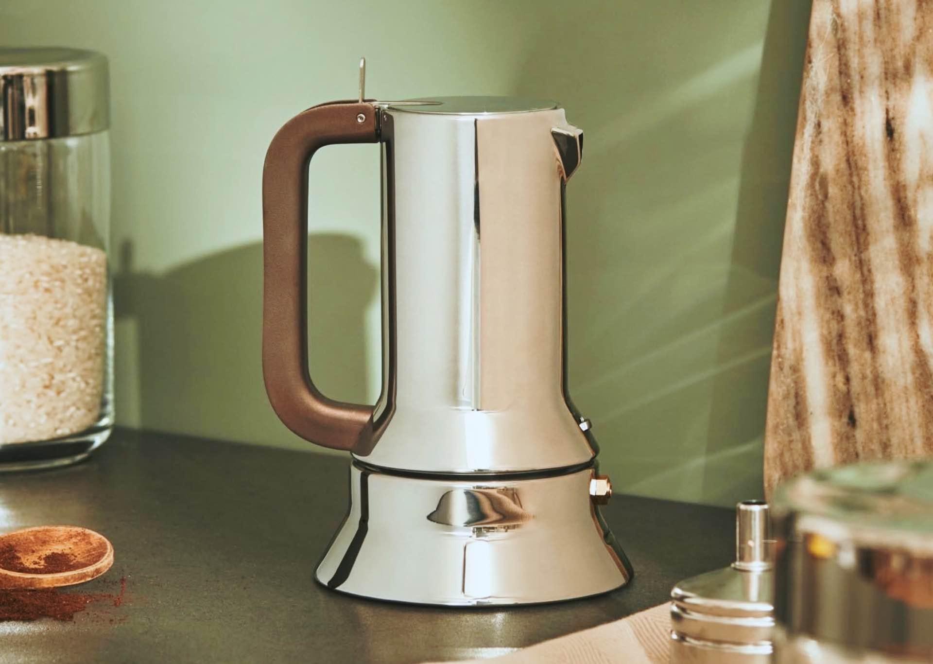 richard-sapper-alessi-9090-stovetop-espresso-maker-2