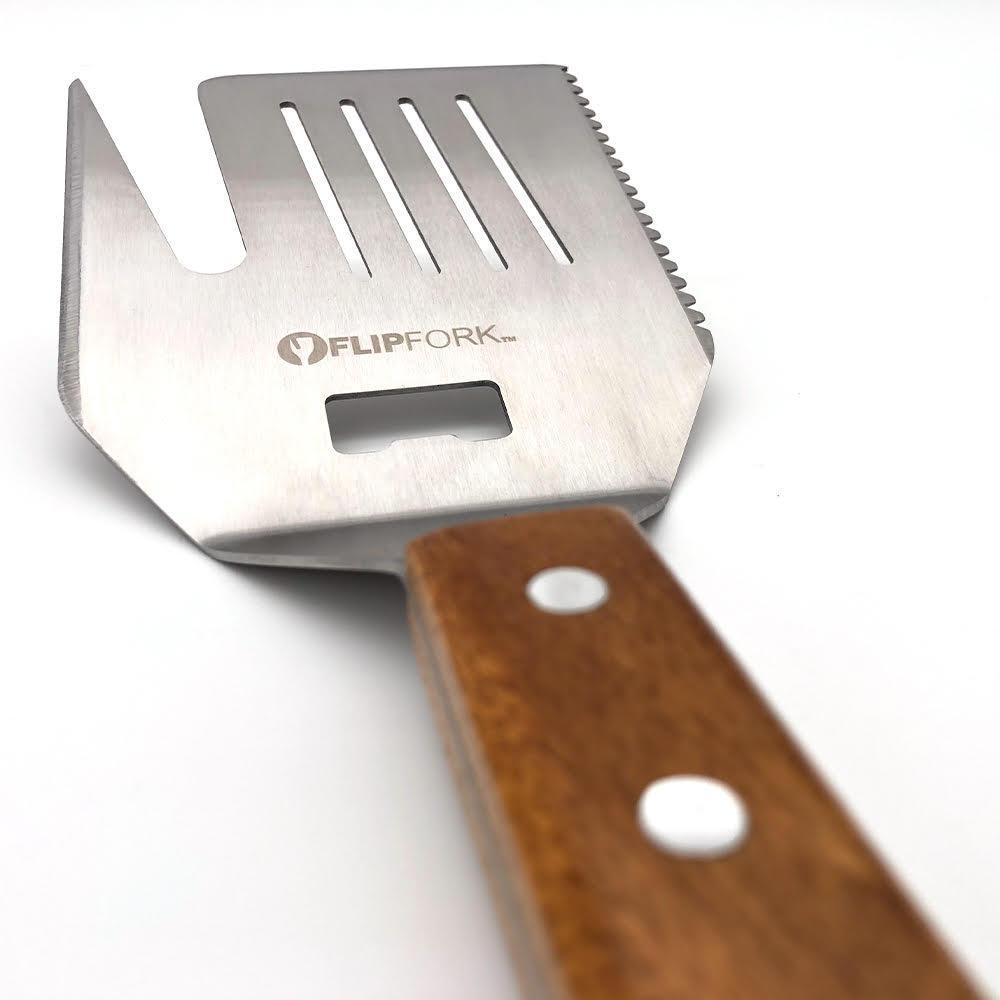 flipfork-boss-5-in-1-grill-spatula-closeup