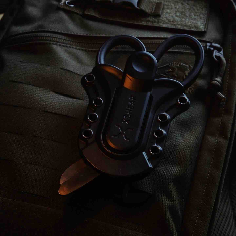 xshear-black-titanium-coated-extreme-duty-trauma-shears-tactical-sheath-holster