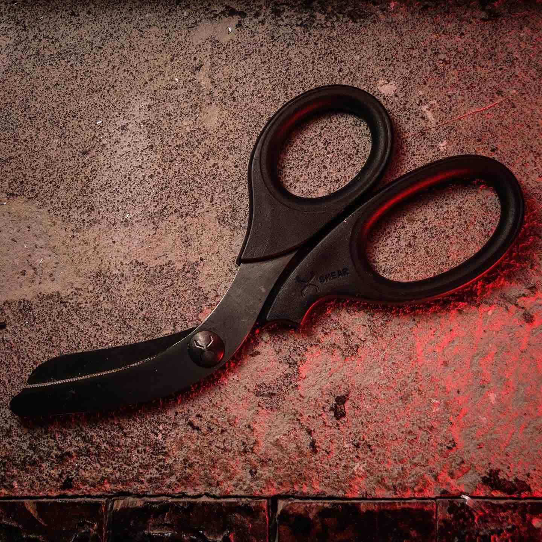 xshear-black-titanium-coated-extreme-duty-trauma-shears