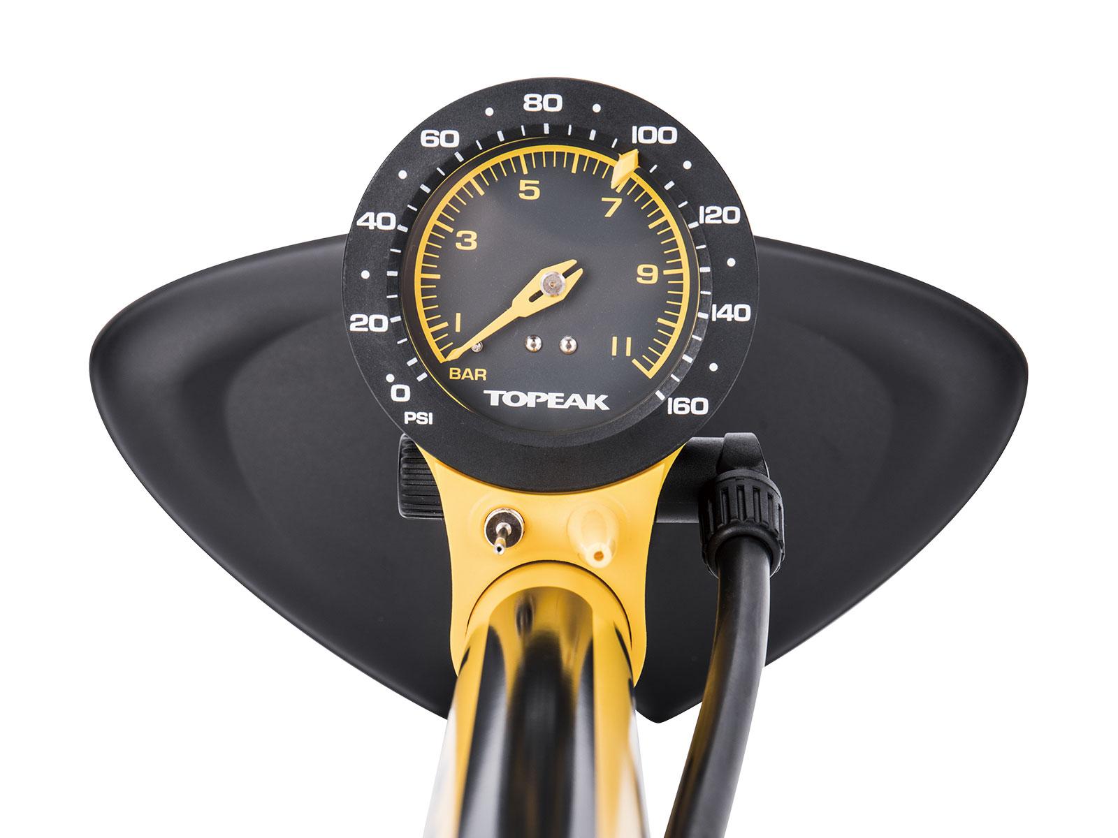 topeak-joeblow-sport-iii-high-pressure-tire-floor-pump-pressure-gauge