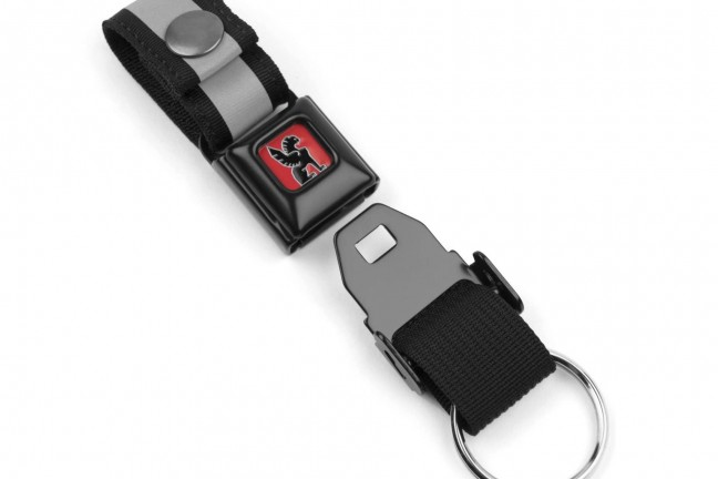 chrome-industries-mini-buckle-quick-release-keychain
