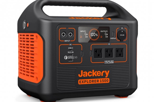 jackery-explorer-1500-portable-power-station-solar-generator