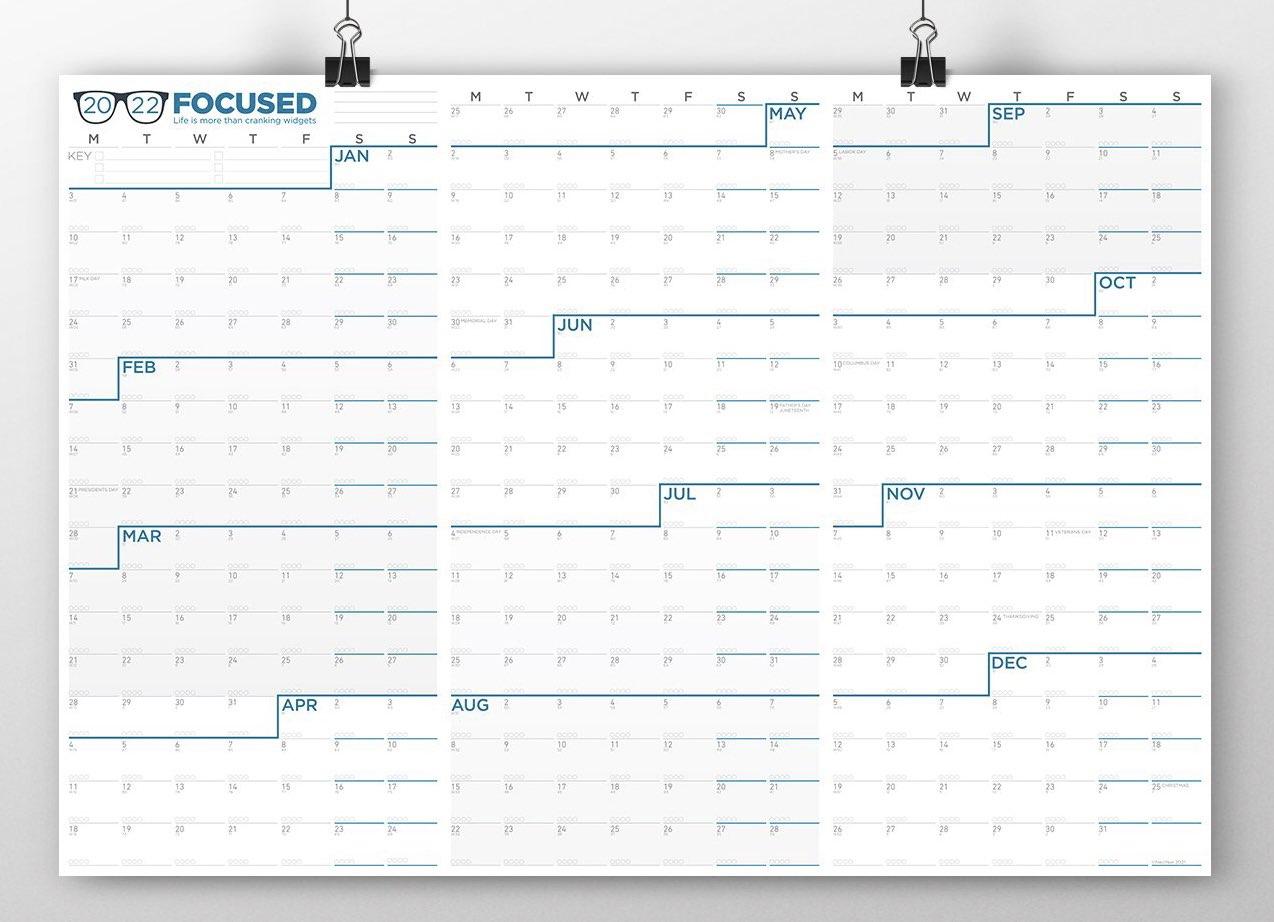 neuyear-focused-2022-calendar-landscape