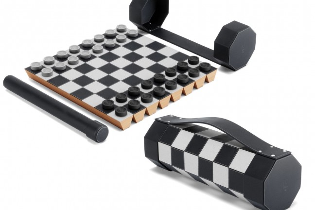 umbra-rolz-roll-up-chess-checkers-set